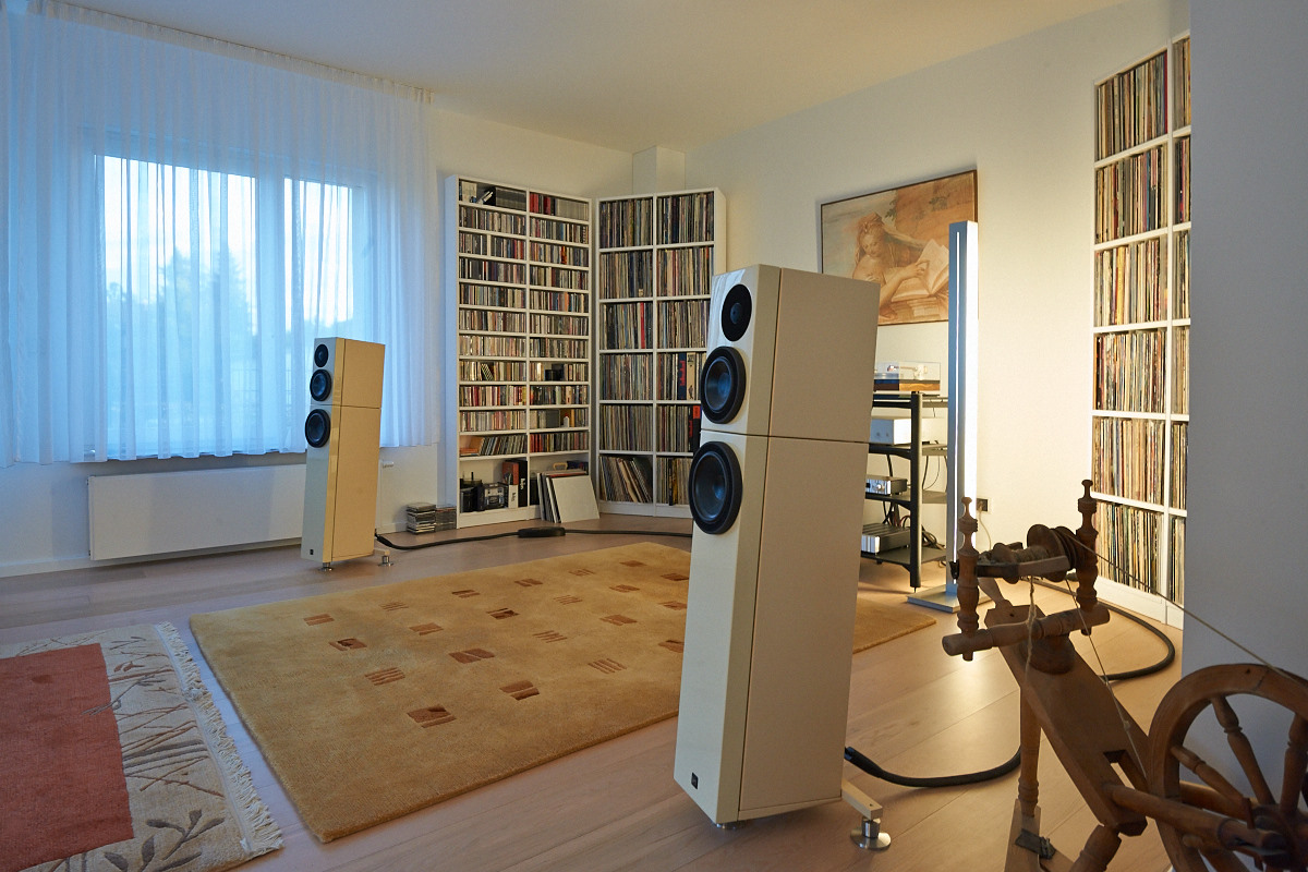 Bauer Audio dps2 - Schröder Nr. 2 - Jeff Rowland Capri S2 - Jeff Rowland Model 525 - Sehring Audio Systeme S703SE / Stillpoints™ Ultra SS - Bladelius Freja III